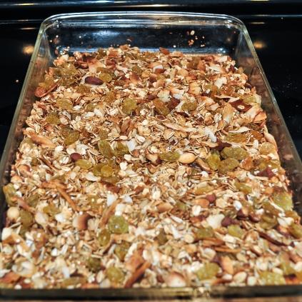 granola in pan